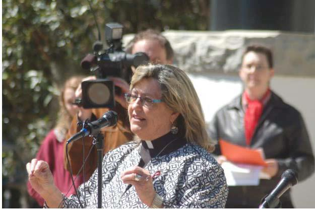 Rev. Elder Diane Fisher addresses Tallahassee, FL Marriage Equality Rally