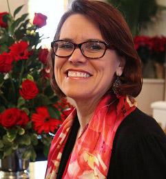 Rev. Lisa Nov 2015 headshot