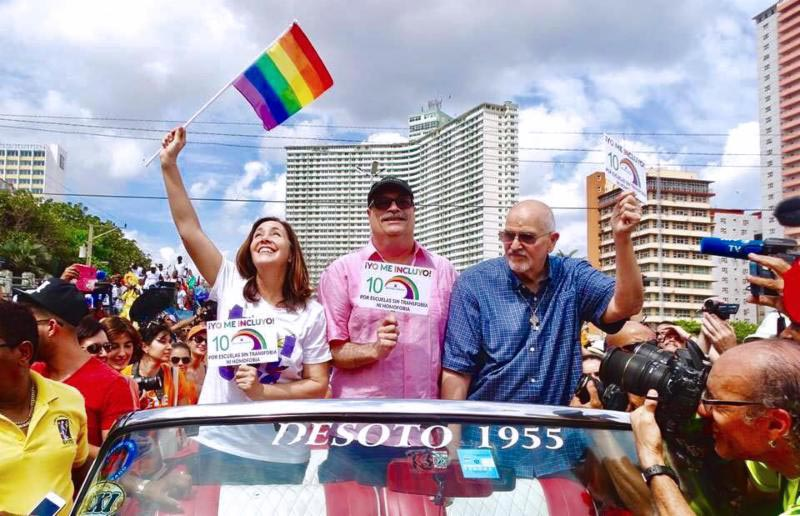 Mariela Castro Espín left Phillip De Blieck and Rev. Elder Troy Perry participate in the March Against Homophobia and Transphobia in Havana Cuba. photo by CENESEX - Speech delivered by Rev. Elder Troy Perry, MCC Founder On the occasion of receiving Cuba's CENESEX Award